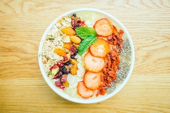 Smoothies healthy bowl