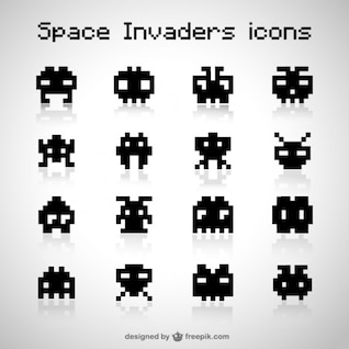 Space invaders vector icons free