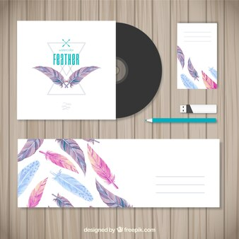 Stationery with watercolor feathers