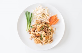 Stir fry noodles in Thai style