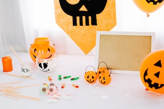 Table with Halloween decorations