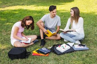 十代の学習と試験準備