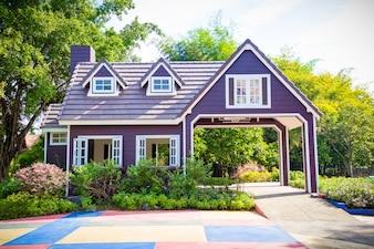 大型モデルハウスと庭園
