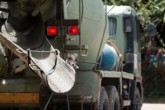 コンクリートミキサートラック