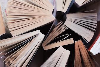 書籍のトップビュー