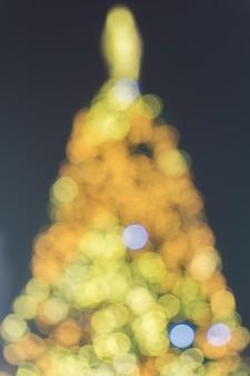 伝統緑のイベントボールの輝き