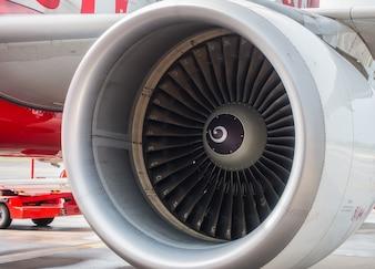 飛行機のタービンエンジン。