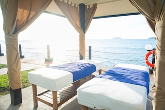 Two beds with a sea view