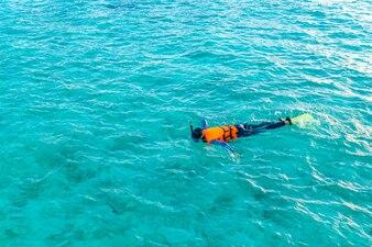 Two tourism swimming honeymoon diving