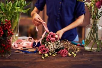 Tying job handcraft table craft