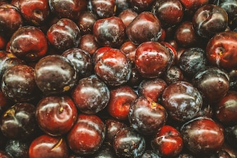 Unwashed cherries
