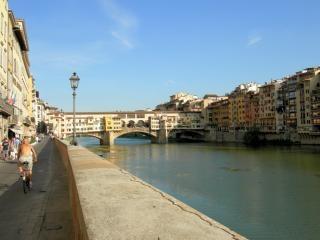Vecchio bridge in florence  italy