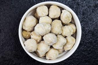White ball food