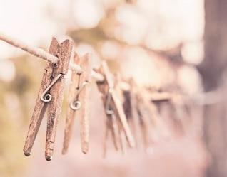 Wooden tweezers