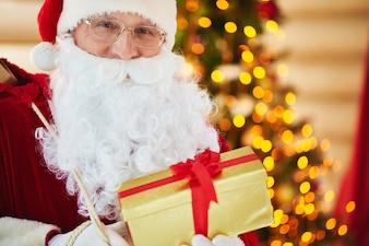 クリスマスNAVIDADシーズンの休日の伝統