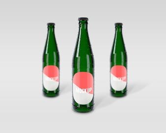 緑色のボトルがモックアップ