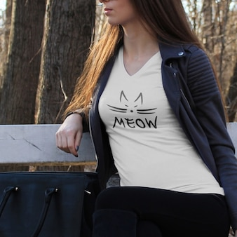 シャツはデザインモックアップ