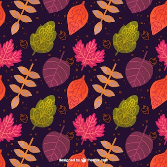 Autumnal pattern with colorful leaves