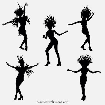 Brazilian dancers outline collection