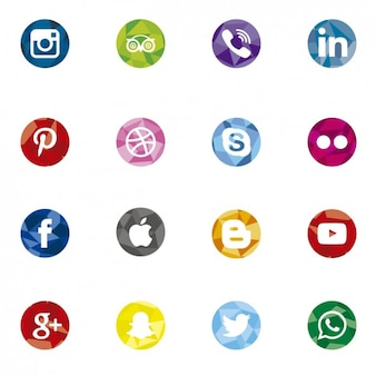 Circular and polygonal social media icons