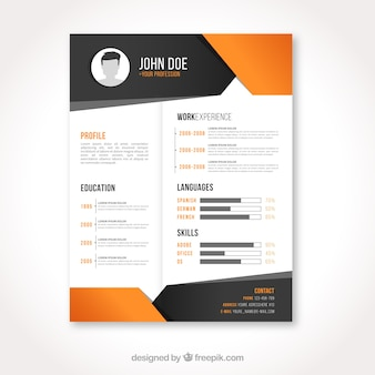Curriculum template with geometric figures