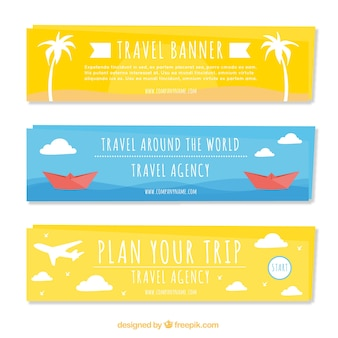 Decorative banners with travel objects in flat design