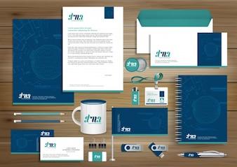 Цифровой технологический фирменный стиль, дизайн шаблонов подарочных изделий с элементом концепции набора ссылок. Бизнес-технологии для канцелярских принадлежностей