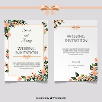 Elegant wedding invitation with floral decoration