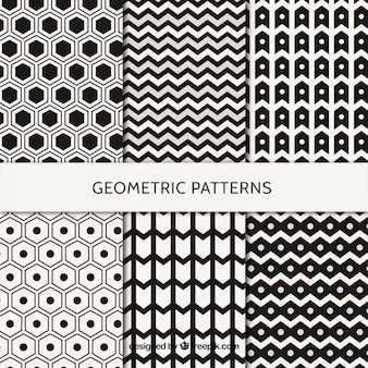 Geometric patterns in white and black pack