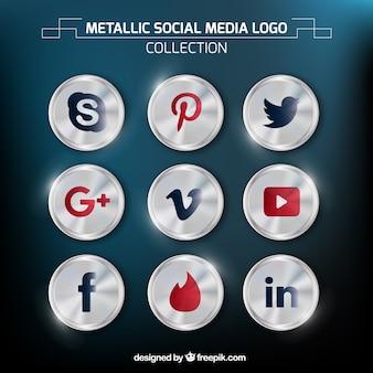 Glossy round social media icons
