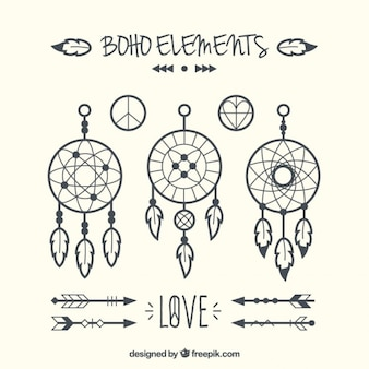 Hand drawn set of dreamcatchers