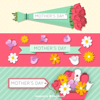 Lovely banners with bouquet and flowers for mother's day