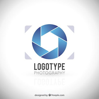 Minimalist camera logo