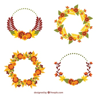 Pack of four dry leaves wreaths