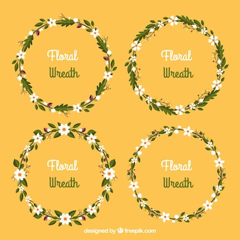 Pack of four pretty floral wreaths