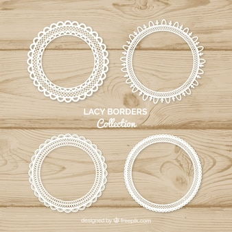 Pack of four round lace frames