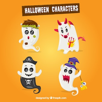 Pack of ghosts halloween elements