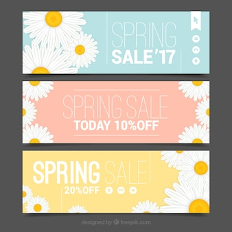 Pack of sale banners with daisies
