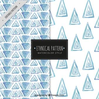 水彩三角形のパターン