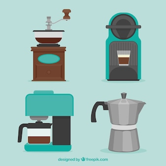 Set of coffee makers and other coffee accessory