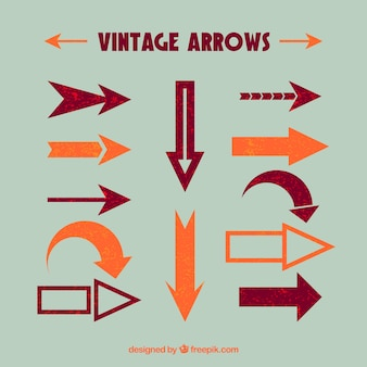 Set of decorative arrows in vintage style