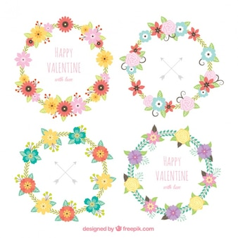 Set of floral wreaths with messages in vintage style