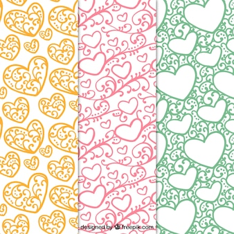 Various ornamental patterns of hearts