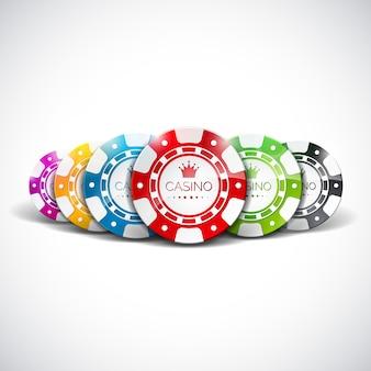 カジノのテーマでクリアな背景にチップを再生する色でのベクトル図。ギャンブルデザイン要素。