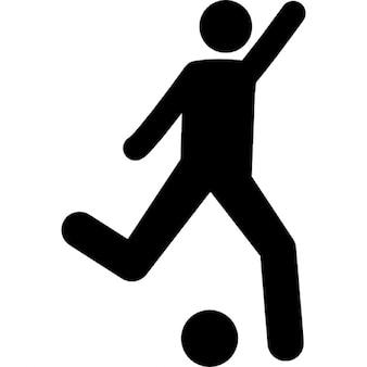 Football-Spieler versuchen, Ball kicken