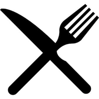 Gabel und Messer im Quer