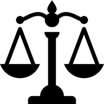 Skalen, die Gerechtigkeit