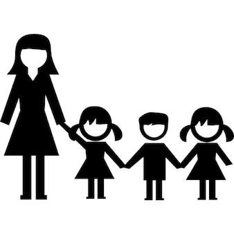 Asilo bambini e insegnanti