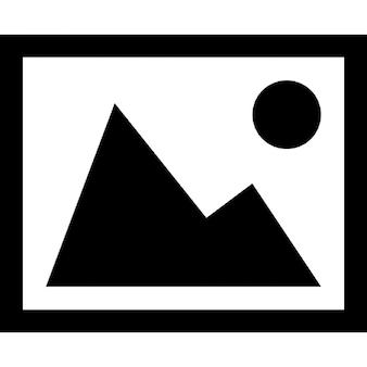 Cornice immagine di montagna con