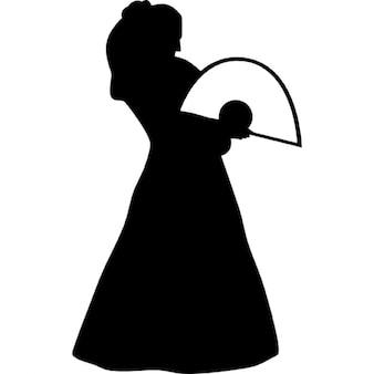 Flamenco modello femminile in piedi silhouette con un ventilatore